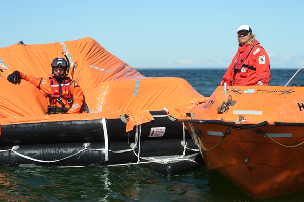 LIFERAFT TRAINING COURSE