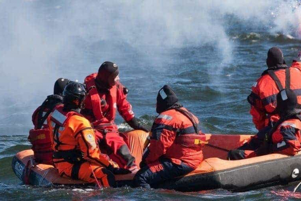 MARITIME RESCUER REFRESHER TRAINING